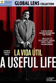Image of A Useful Life (La Vida Util)